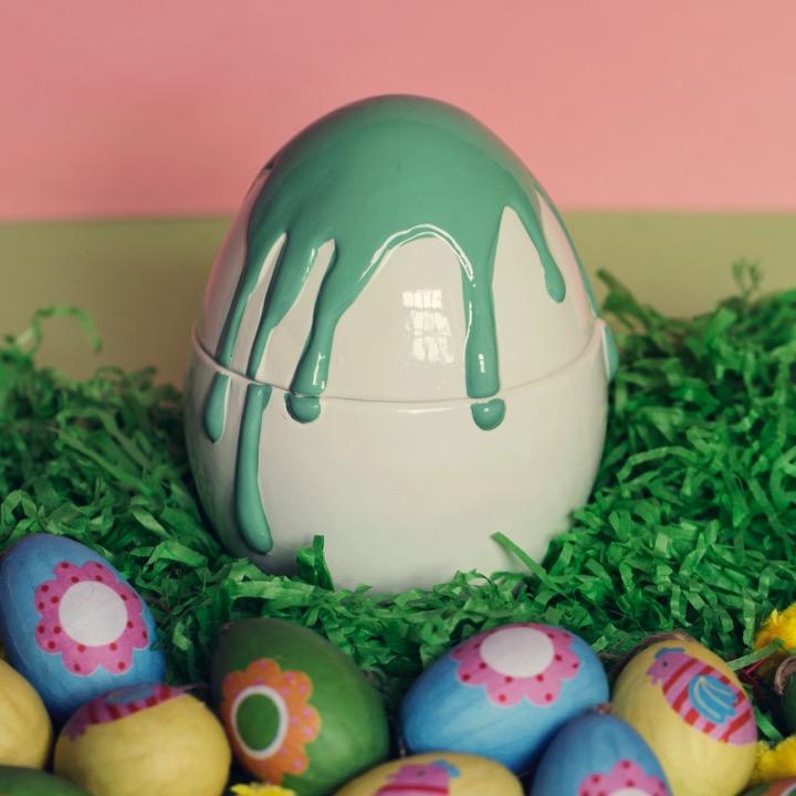 Galaxy Egg Closed