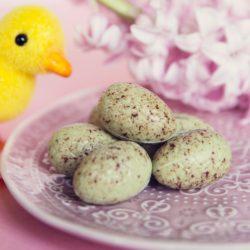 Pistachio Cream Egg