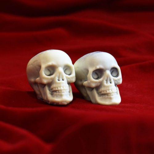 Chocolate Skulls Loose